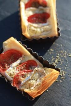 Feuilletés camembert/tomate C&P