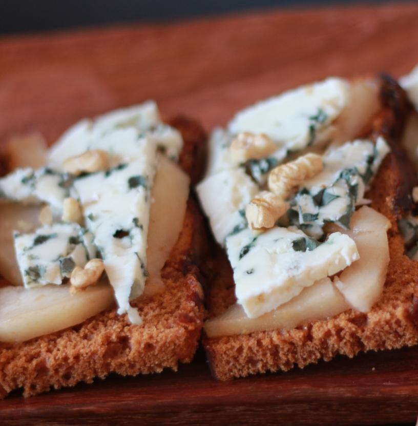 Tartine poire-roquefort2